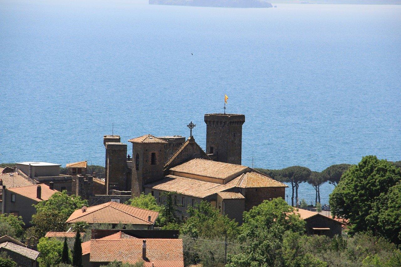 Lago di Bolsena e dintorni cosa vedere - Resort Capalbio